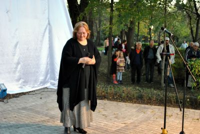 Паметника на Петя Дубарова - Къща музей Петя Дубарова - Бургас