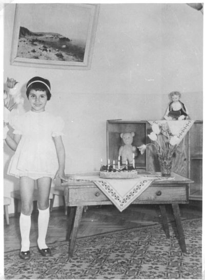 Петя на 6 години-рожденичка - Къща музей Петя Дубарова - Бургас