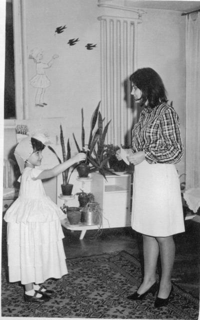 На тържество по случай 8-ми март ,в детската градина - Къща музей Петя Дубарова - Бургас