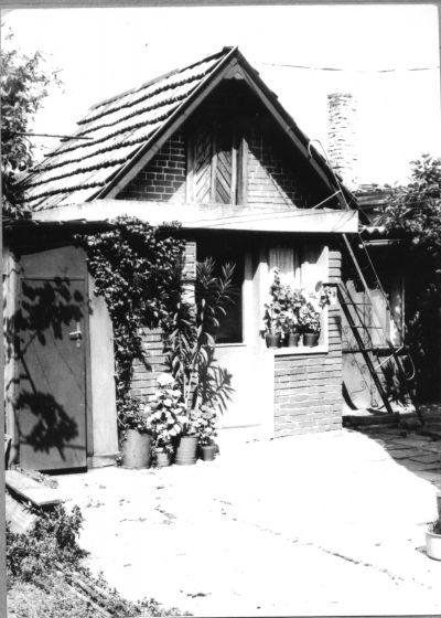 Снимка на лятната кухня на семейство Дубарови от 1984година - Къща музей Петя Дубарова - Бургас