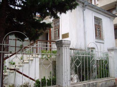 Изглед на музея - Къща музей Петя Дубарова - Бургас